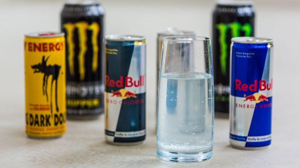 energy drink proposal The proposal—which defined energy drinks as beverages containing 71 milligrams or more of caffeine in a 12-ounce container as well as other ingredients like taurine, guarana, panax ginseng, inositol or l-carnitine—would have made selling energy drinks to minors a crime with the punishment ranging from $500 for the first offense to $2,000.